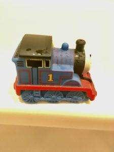 Clean blue Thomas the Train bath toy
