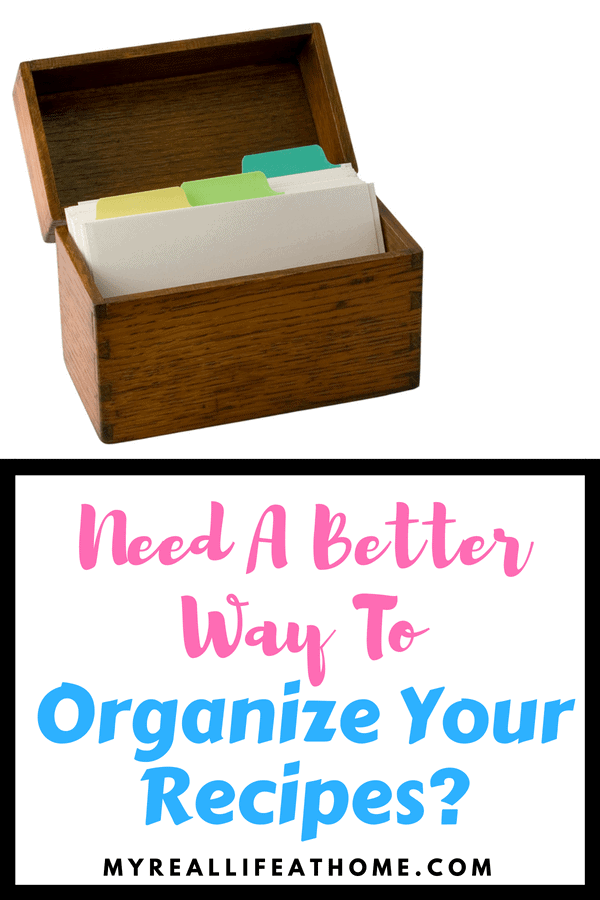 Are your recipes all over? Do you wish you had a better way to organize your recipes? I found a way to organize recipes that I love! It's quick and easy to find the recipe I am looking for. #recipeorganizer #organizing #recipestorage #recipebook #recipebinder
