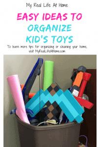 Easy ways to organize kid's toys #toychaos #organizetoys #cleantoys