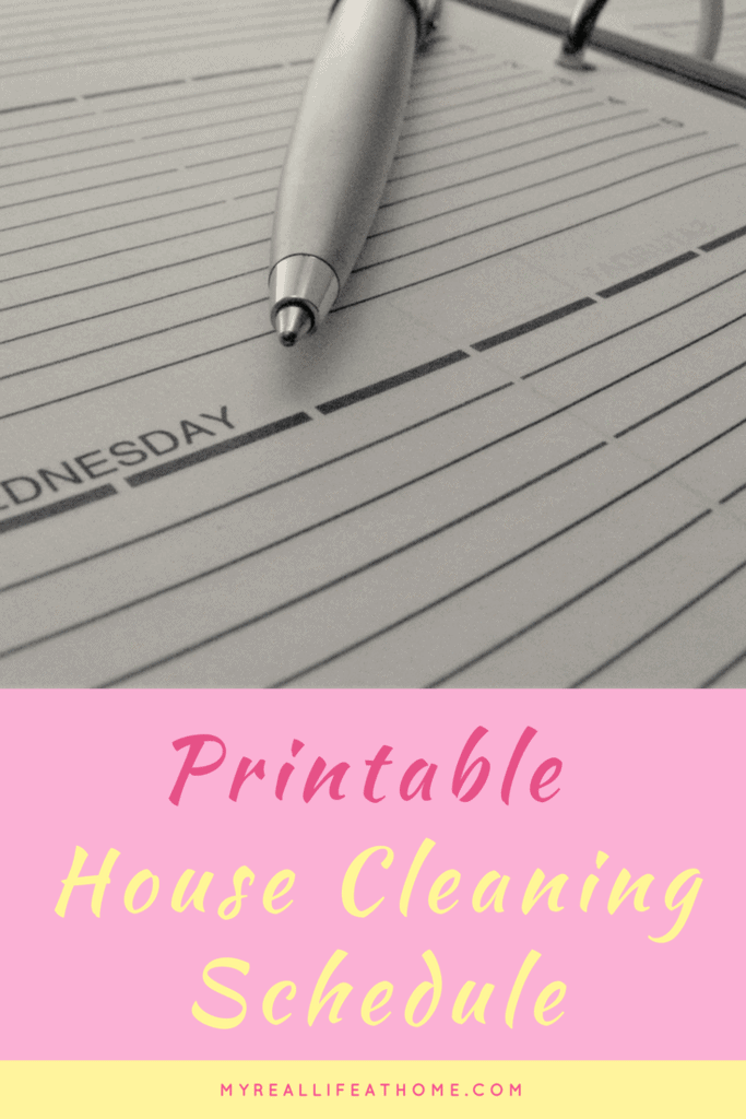 House Cleaning Schedule - Wish you had a schedule to keep your house clean? Look for my free printable House Cleaning schedule. #housecleaningscheduleprintable #cleaningschedule #housecleaningplan