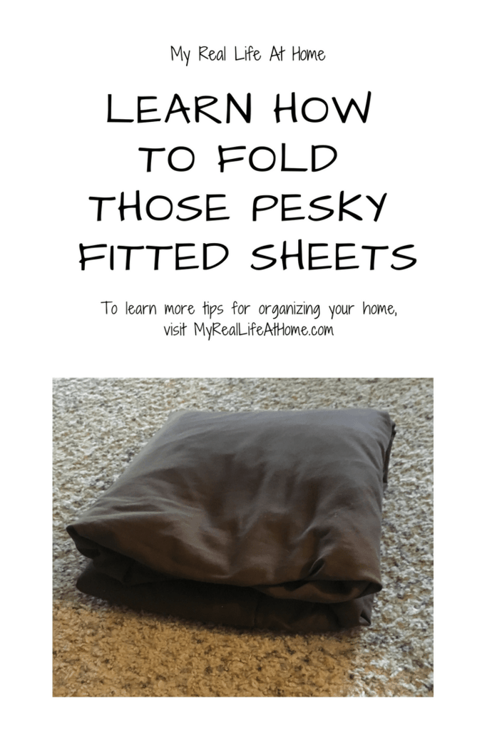 Learn How To Fold Those Pesky Fitted Sheets #foldmysheets #foldfittedsheets #howdoifoldsheets