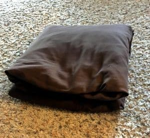 How To Fold a Fitted Bed Sheet #foldfittedbedsheet #howtofoldsheets